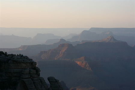View northwards over the Grand Canyon from Mather Point