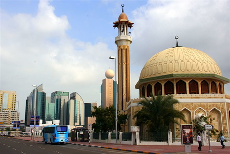 Mosque near Quasr al Husn
